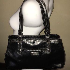 Like new Nine & Co purse